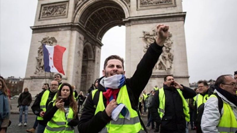 Михаил Хазин Протесты во Франции с высоты проектного анализа