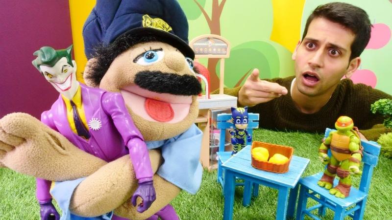 Pijamaskeliler ve Ninja Kaplumbağalar oyuncakları. Joker şışmalatan peynir satıyor!