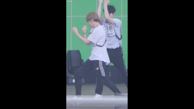 230718 Ulsan Summer Festival (Rehersal) - Wanna One Light 1