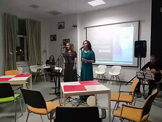 Елизавета Кобылина и Алина Дубасова в библиоруме Буква