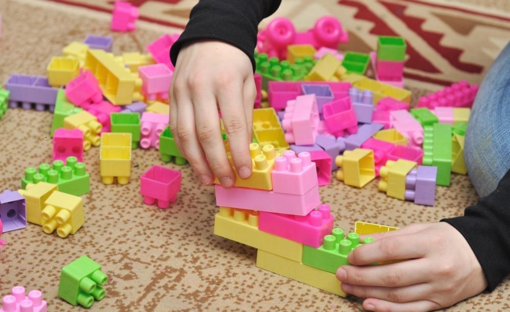 Конструкторы из блоков часто создают тематические наборы.