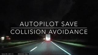 Tesla Autopilot Avoids Semi