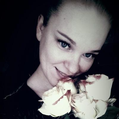 Настя Шатова
