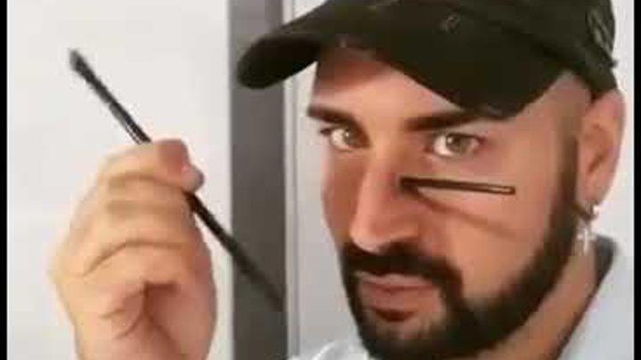 Итальянский художник Люка Люче превращает своё лицо в ошеломляющие оптические иллюзии