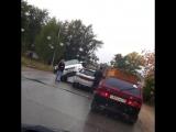 Range Rover накатил на две Лады