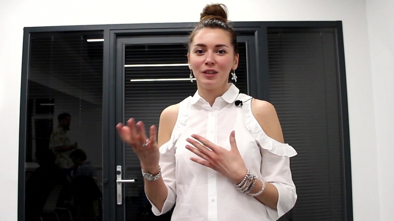 Елена Колесникова