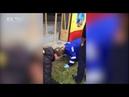 Очевидцы и медики помогали ребёнку выбраться из-под сбившего его трамвая