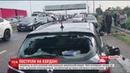 Штурм на кордоні У Краковці іноземець на авто хотів проскочити в Україну з Польщі