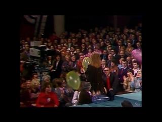 Звездное лето - Алла Пугачева (Песня 79) 1979 год (720p).mp4