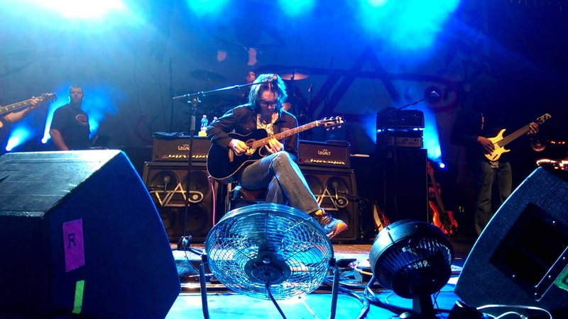 Steve Vai EVO Experience(Austria Linz) - acoustic sound check 1