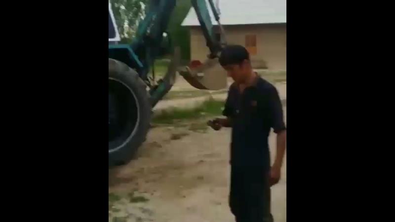 Трактор с автозапуском