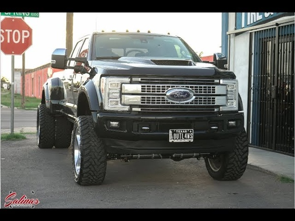 HUGE F450 with 22 inch Super Singles CUSTOM HOOD and a 6 inch HEAVY DUTY LIFT KIT