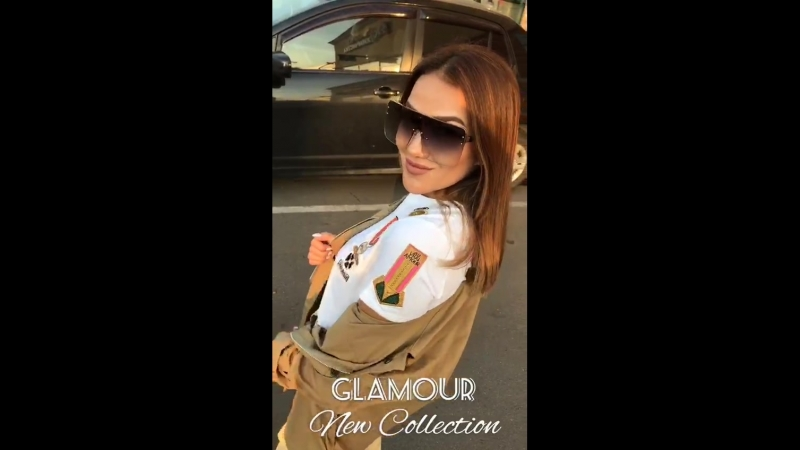 Крутой Лук 😎 брючки 😻 1200₽ S M 👌 в шикарной посадке ♥ футболка VALENTINO 🤩 700₽ S M 💣💣💣 весь Лук в наличии Обувь 👟 сумочка 👜 па