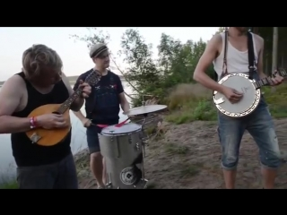 NOTHING-ELSE-MATTERS-by-STEVE´N´SEAGULLS-(LIVE)