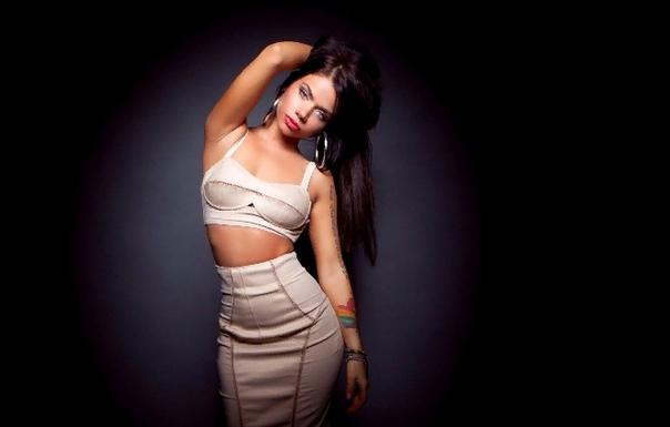 Бьянка Певицу Бьянку многие поклонники считают лицом и звездой российского RnB. Певица стала одной из первых исполнительниц музыки этого жанра, что позволило ей отвоевать свою нишу и долю славы.