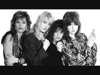 The Bangles - Walking Down Your Street (1986)