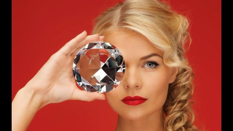 Почему алмаз прозрачный, а графит черный? (265)