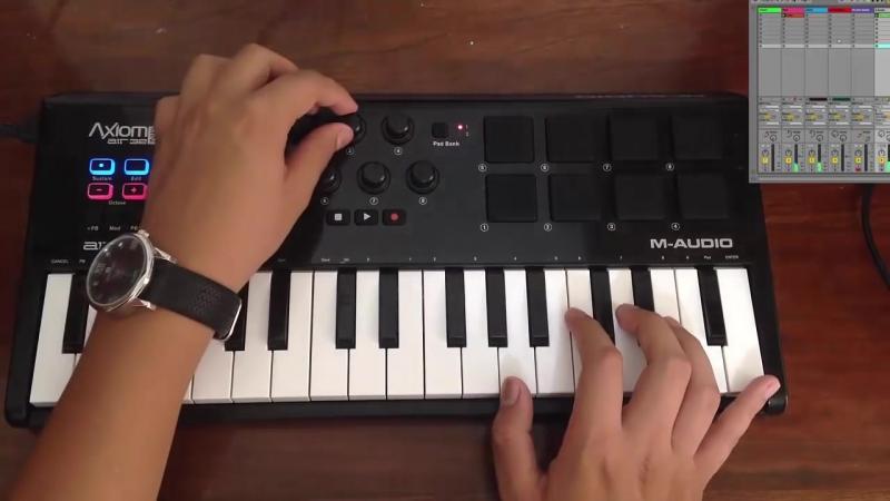 Demo M-audio Axiom air mini 32