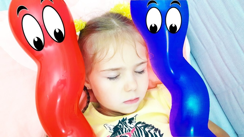 Julia Pretend Play with Baby Balloons Video for kids