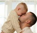 Папа, — спрашивает сынишка, — а правда…