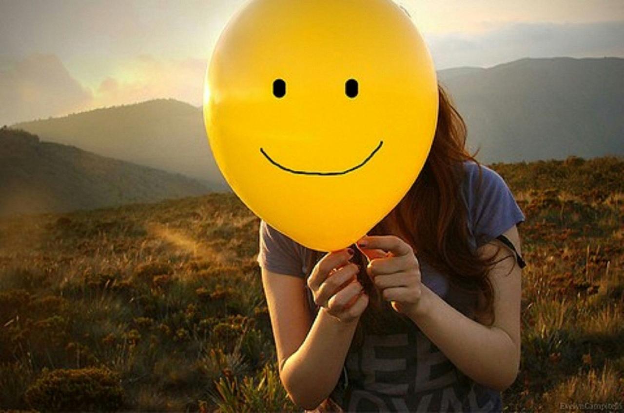 Картинки день улыбок незнакомым людям, пони создай открытку