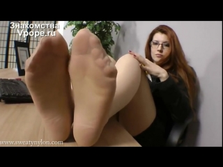 Goddess Victoria Nylon feet (Ножки, Фетиш, Фут, Foot, Fetish, Чулки, Legs, Секси)