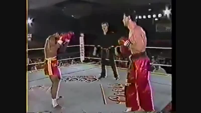1988-11-05 Rick Roufus vs Changpuek Kiatsongrit [ Super Fight Kickboxing ]