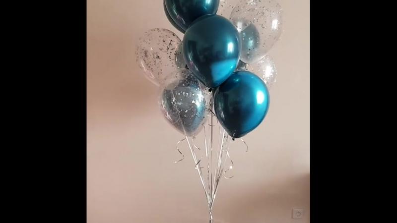 Стеклянные шарики в цвете аквамарин🌊 в композиции с прозрачными наполнинными серебряным конфетти💎 Заказывайте по ☎️89833222123 W