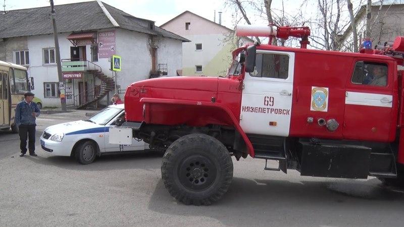 Служба 02 Авария на улице Щербакова