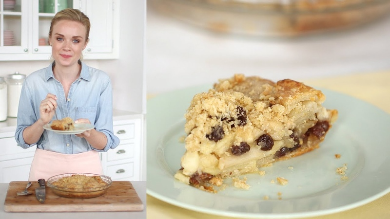 Apple Crumb Pie- Sweet Talk with Lindsay Strand