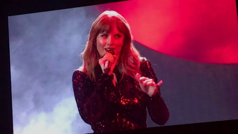 Taylor Swift at AMAS 2018 Live FULL PERFORMANCE