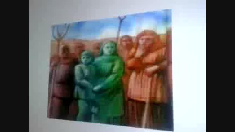 Découverte de deux enfants à la peau verte . Le mythe de la terre creuse _