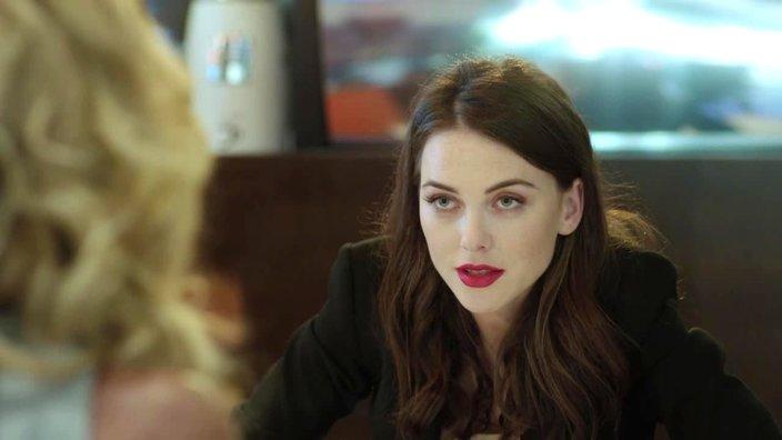 Смотреть онлайн сериал Человек без сердца 1 сезон 1 серия бесплатно в хорошем качестве