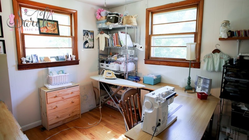 Tour of my tiny sewing space