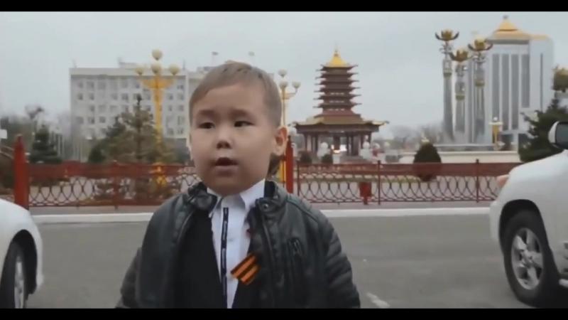Пятилетний Саша «Крепись, Россиюшка, держись!» ДО СЛЕЗ