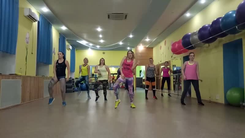 Dance Life - Natti Natasha, Becky G - Sin Pijama
