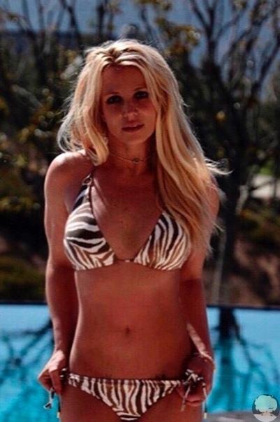 Бритни Спирс поделилась новыми фотографиями