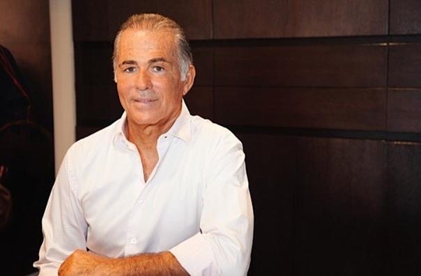 Миллиардер из Израиля умер во время операции по увеличению члена В Париже во время операции по увеличению члена скончался Эхуд Ари Ланиадо израильский миллиардер, который сделал состояние на