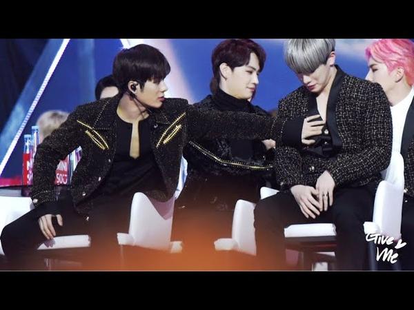 Male idols thirsting over wonho