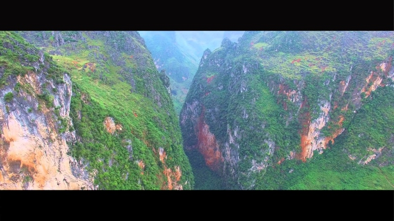 Ma Pi Leng Pass Ha Giang the king of all passes in Viet Nam from flycam