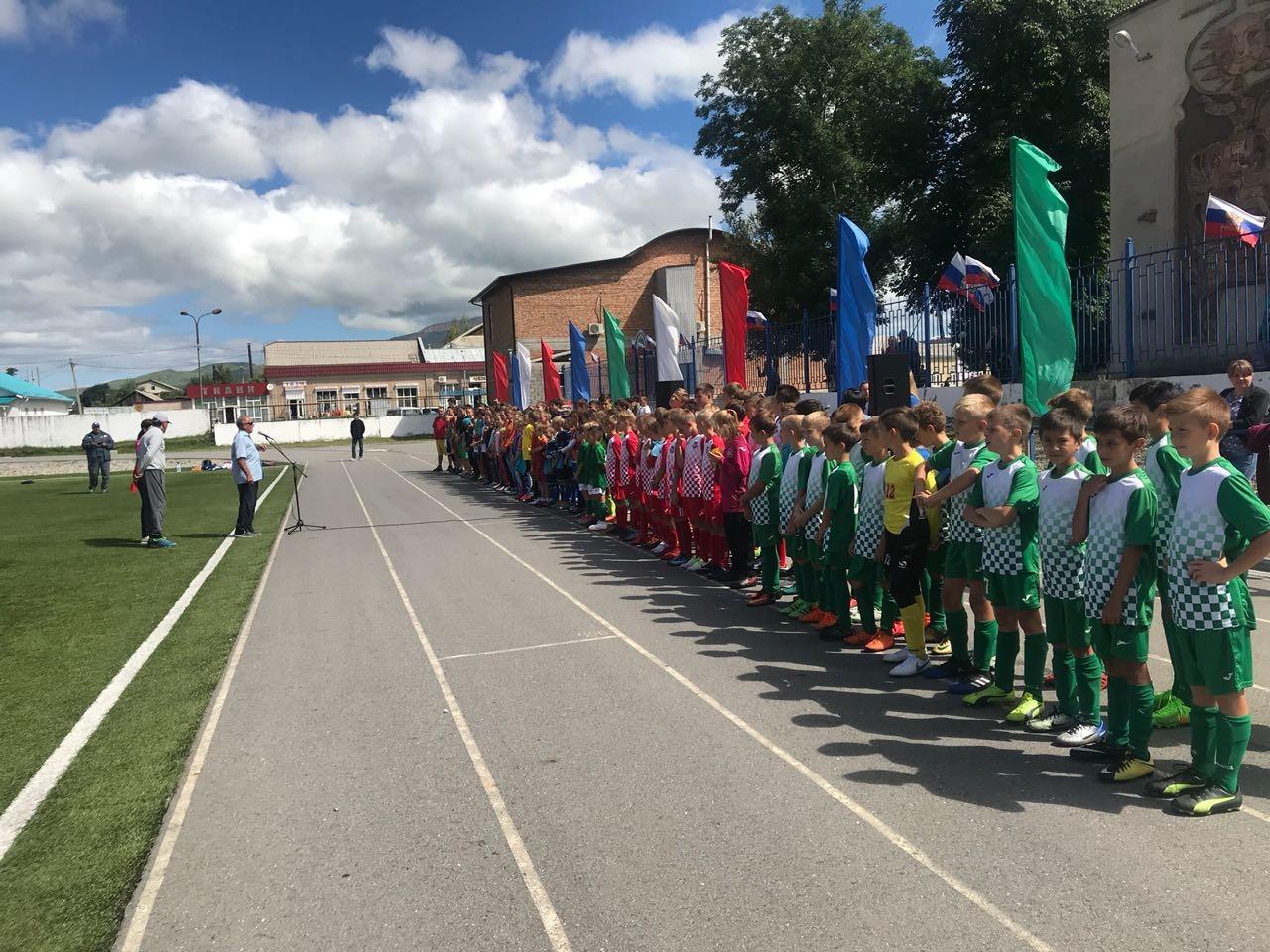 Межрегиональный турнир по футболу прошел в ст. Зеленчукской