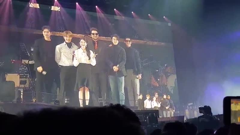 [Fancam] 181117 @ IU - 'dlwlrma' Concert in Seoul D-1 with g.o.d (cr: ff_0516)