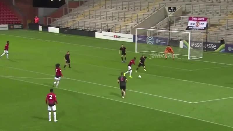 Tahith Chong v Sunderland U23 ⚽️⚽️🅰️ Class performance from Chong yesterday night. No excus