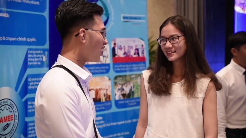 Dịch Vụ Quay Phim Chụp Ảnh Hội Nghị Khách Hàng Tại Hà Nội , Hồ Chí Minh