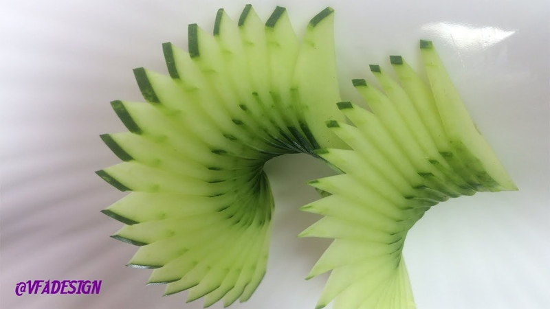 HOW TO MAKE CUCUMBER CARVIN DESIGN.