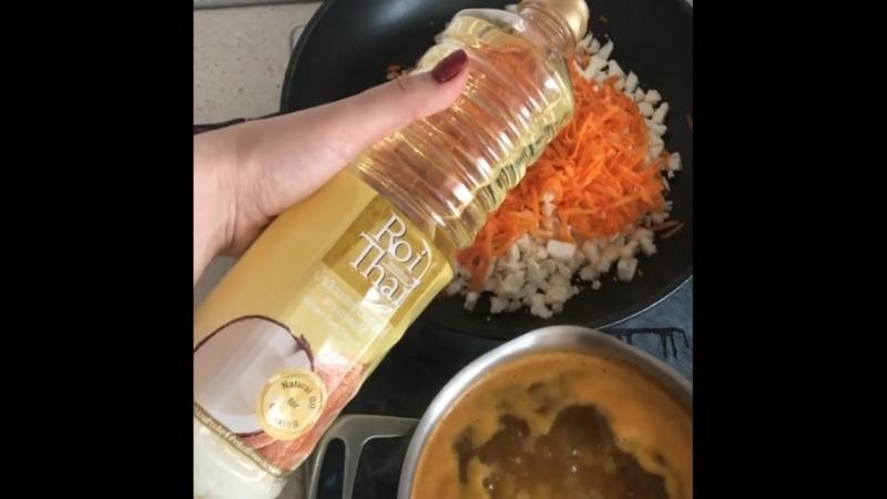 Для многих кокосовое масло в первую очередь - это продукт для ухода за кожей и волосами👩🏼⚖️, то есть, больше косметический. Но