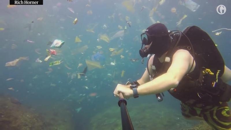 Пластиковое море у берегов Бали