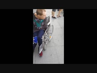 [Sasha Zenko] ДЦП не помеха. Я в ТРЦ Galleria Minsk (28.07.2018)