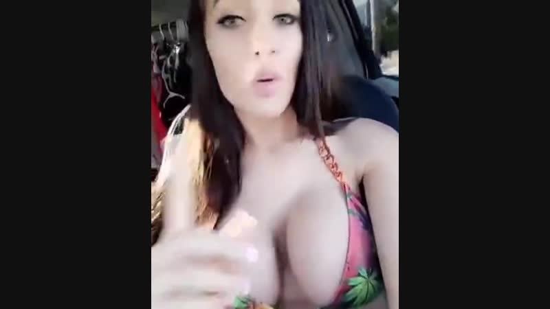Голая кошечка Kendra Jade порно мужики миньет в тюрьме пьяные спящие в сауни жмж с игрушками велик хуй тетки фото крупно с конем