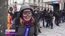 БЕСПРЕДЕЛ во Франции: Полиция закидывает протестующих запрещенными гранатами!